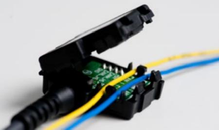 Masternaut-Solutions-FR-Boetiers-Telematiques-Embarques-Boitier-CAN-Bus-Technologie-Non-Intrusive
