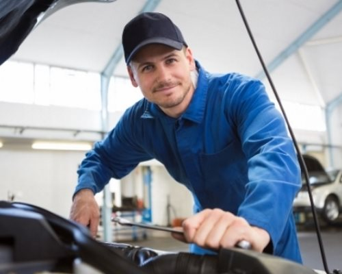 Masternaut-Solutions-UK-Fuel-and-Maintenance-card-simplify-vehicle-maintenance